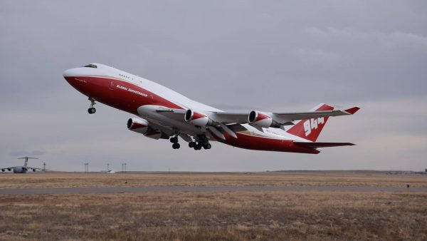 747 Supertanker N744ST (fot. Global Supertanker)
