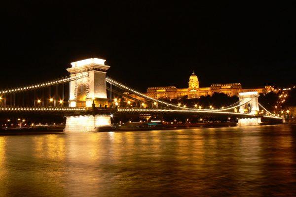 Most Łańcuchowy w Budapeszcie (fot. travelin.pl)