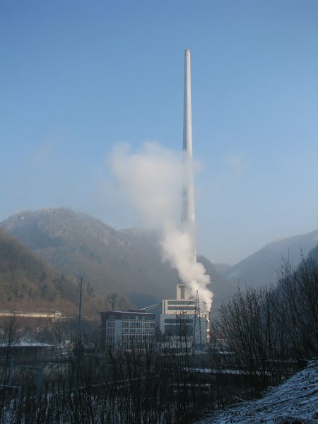 Elektrociepłownia w Trbovlju (fot. romanm/Wikimedia Commons)