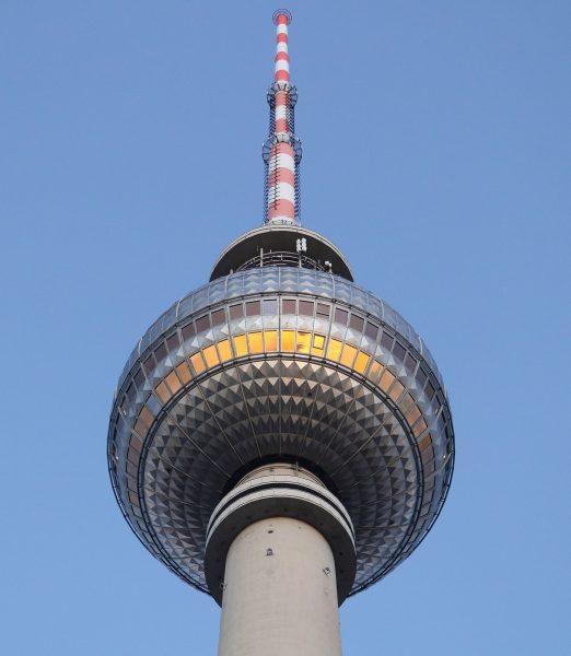 Berliner Fernsehturm (fot. guidenex.de)