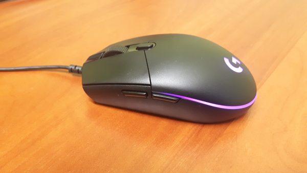 Święcąca mysz dla graczy. Test myszy: Logitech G203 Prodigy
