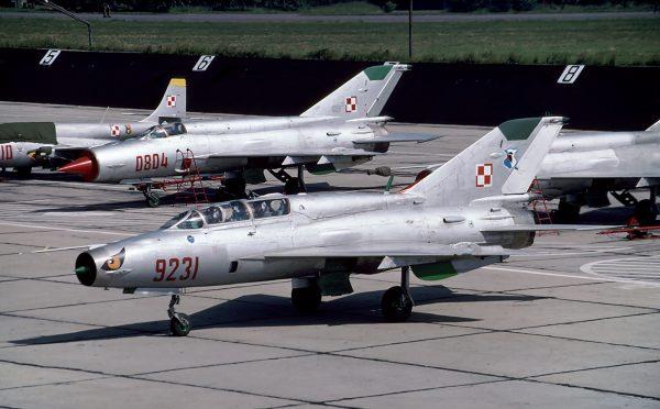 MiG-21bis i MiG-21UM (fot. Rob Schleiffert/Flickr.com)