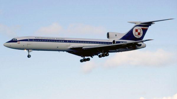 Tu-154M numer boczny 837 - późniejszy 101 - 4 października 1994 roku (fot. Rob Schleiffert/Flickr.com)