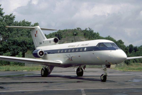 Jak-40 - 1 lipca 1995 roku (fot. Rob Schleiffert/Flickr.com)