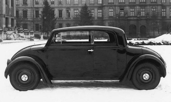 Škoda 932