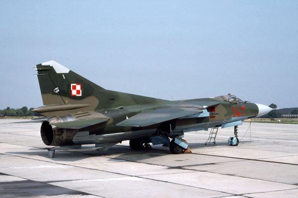 MiG-23MF - sierpień 1990 roku (fot. Rob Schleiffert/Flickr.com)