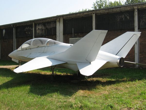 Makieta EM-10 Bielik w 2009 roku w Muzeum Lotnictwa Polskiego w Krakowie (fot. KGyST/Wikimedia Commons)