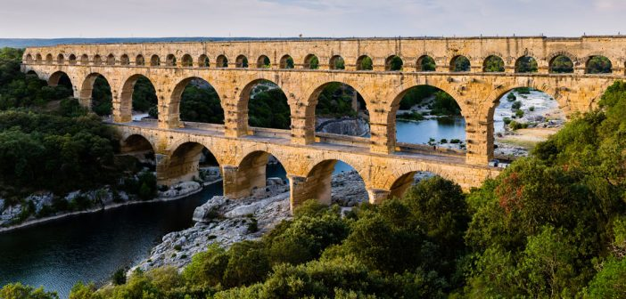 Akwedukt Pont du Gard