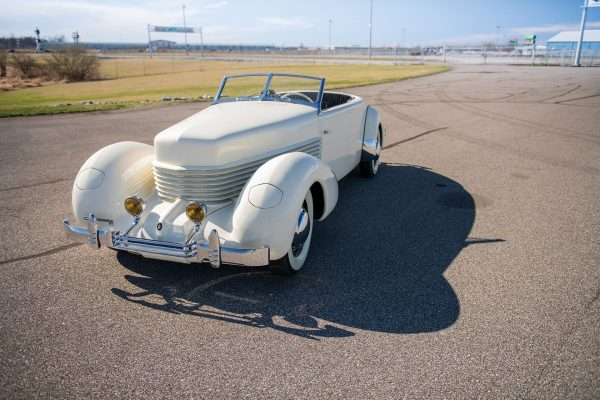 Cord 810 (fot. RM Sotheby's)