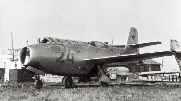Jak-23