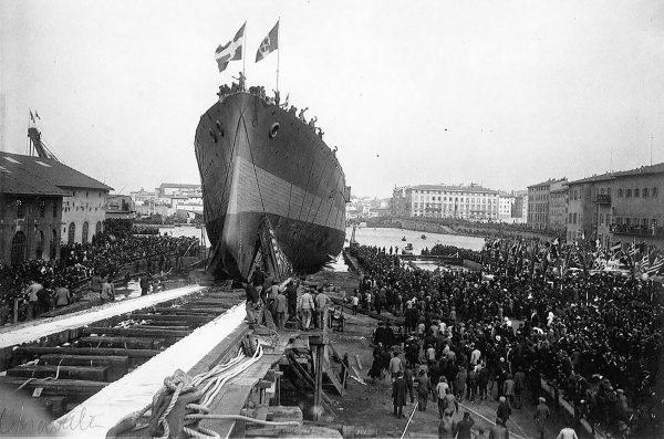 Wodowanie krążownika Georgios Averof