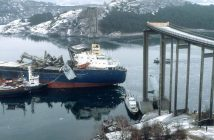 Zderzenie masowca MS Star Clipper z mostem Almöbron