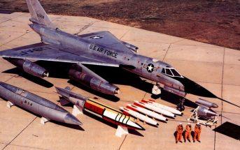 Amerykański naddźwiękowy bombowiec strategiczny Convair B-58 Hustler