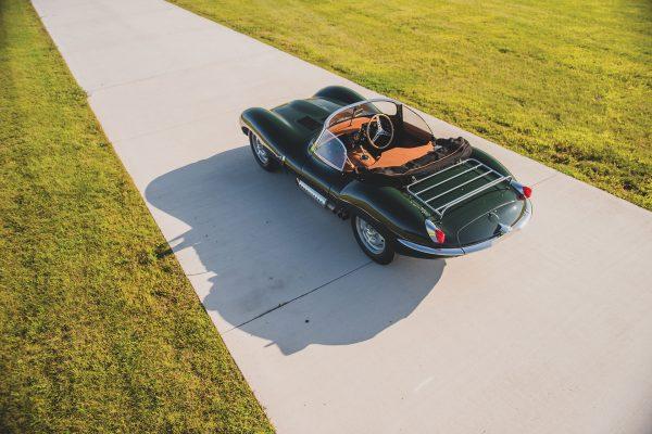 Jaguar XKSS (fot. Darin Schnabel/Courtesy of RM Sotheby's)