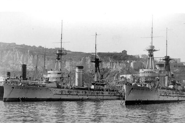 Jeden z hiszpańskich pancerników España