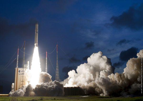 Start rakiety Ariane 5 (fot. Arianespace)