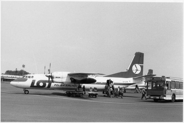 Lotowski An-24