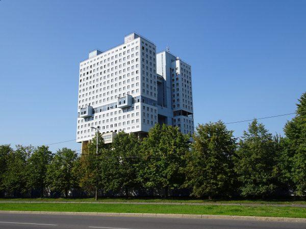 Dom Sowietów w Kaliningradzie (fot. travelleronamission.wordpress.com)