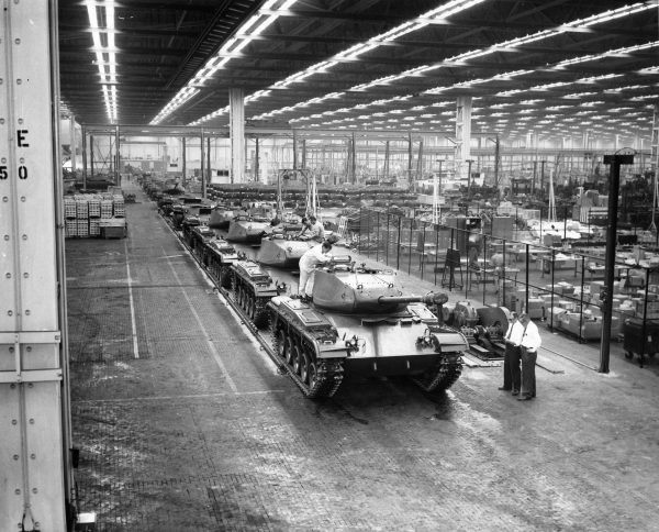M41 Walker Bulldog podczas produkcji