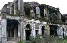 Ruiny teatru Enrique Molina