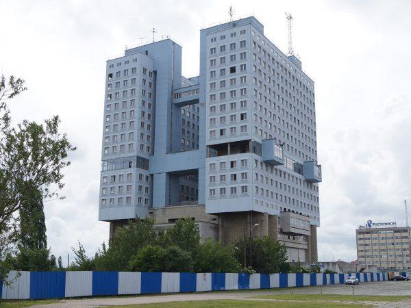 Dom Sowietów w Kaliningradzie (fot. caravan.su)