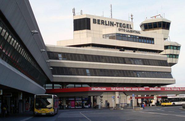 Port lotniczy Berlin-Tegel (fot. Matti Blume)