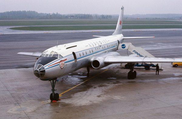 Tupolew Tu-104