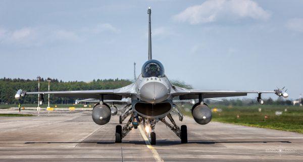 Lockheed Martin F-16C Jastrząb (4066) i (4065) (fot. Michał Banach)