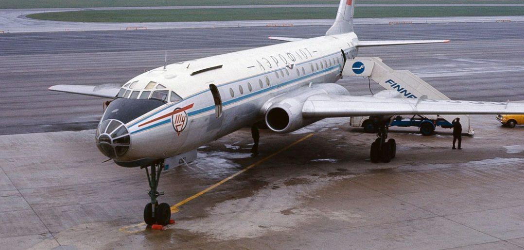 Tupolew Tu-104 - pierwszy radziecki turboodrzutowy samolot pasażerski