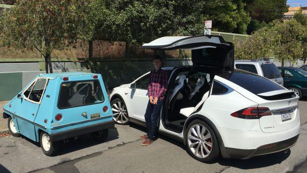 Citycar i Tesla Model X (fot. Steve Jurvetson)