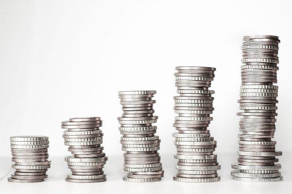 Na rynku usług i produktów bankowych dostępny jest kredyt konsolidacyjny, który jest bardzo dobrą alternatywą w trudnej sytuacji finansowej.