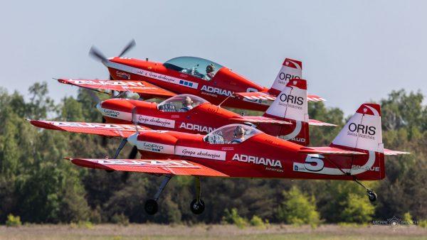 Extra 330LC (SP-AUP), Zlin 50LS (SP-AUD) & (SP-AUE) (fot. Michał Banach)