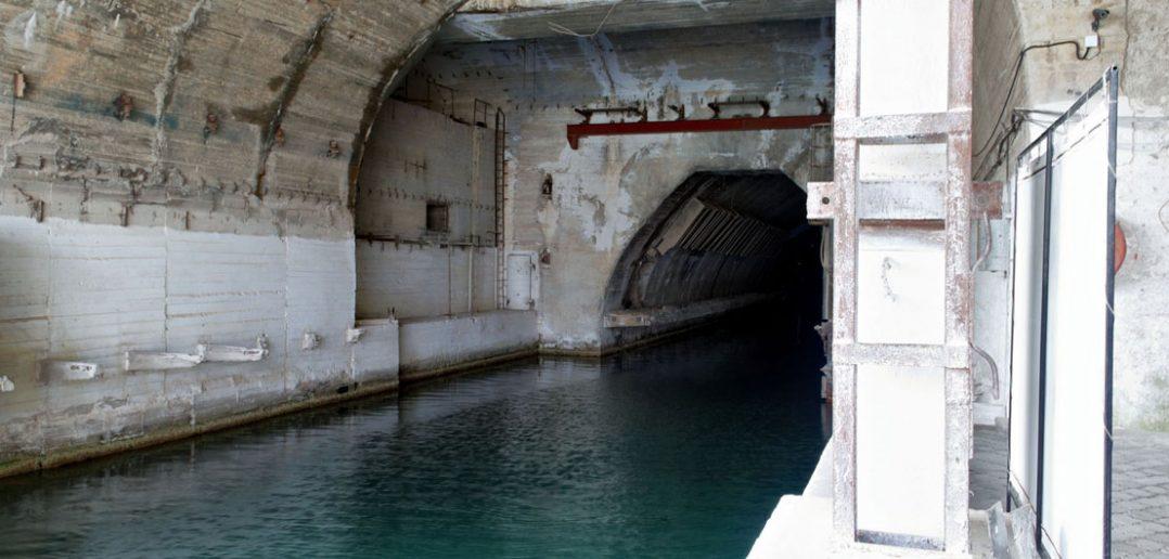 Obiekt 825 GTS - radziecka tajna baza okrętów podwodnych w Bałakławie