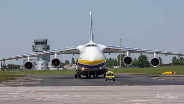 Antonow An-124-100M Rusłan (UR-82027) (fot. Michał Banach)