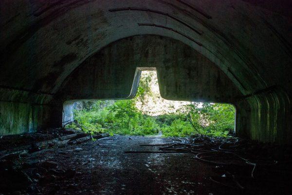 Ruiny bazy Željava (fot. penetratorscavengerteam.blogspot.com)