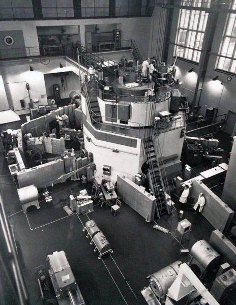 Reaktor EWA podczas budowy
