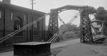 Most w Ozimku - najstarszy żelazny most łańcuchowy w Europie