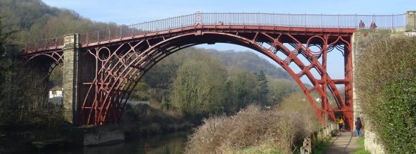 Iron Bridge (fot. Tk420/Wikimedia Commons)