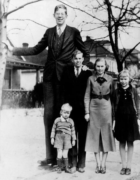 Robert Wadlow wraz z swoim rodzeństwem