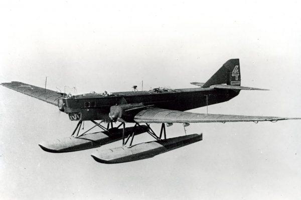 Tupolew TB-1 z pływakami