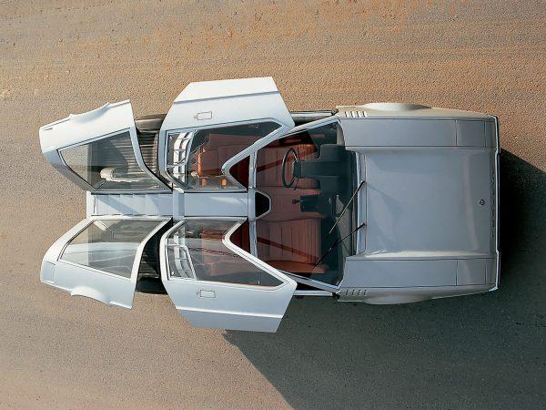 Porsche Tapiro