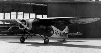 PWS-24 - pierwszy polski seryjnie produkowany samolot pasażerski