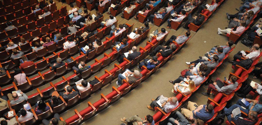 Jak powinna wyglądać sala podczas Twojej konferencji?