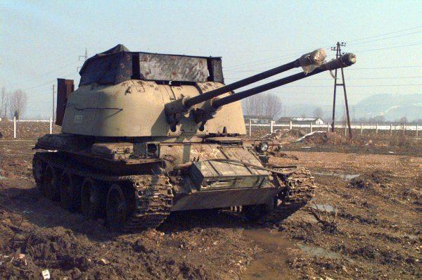 ZSU-57-2 wykorzystywany podczas walk w byłej Jugosławii