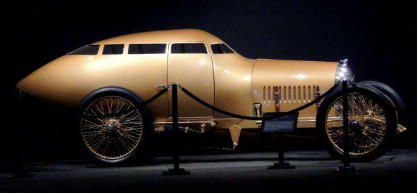Replika Golden Submarine
