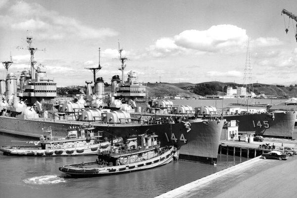 USS Worcester i USS Roanoke