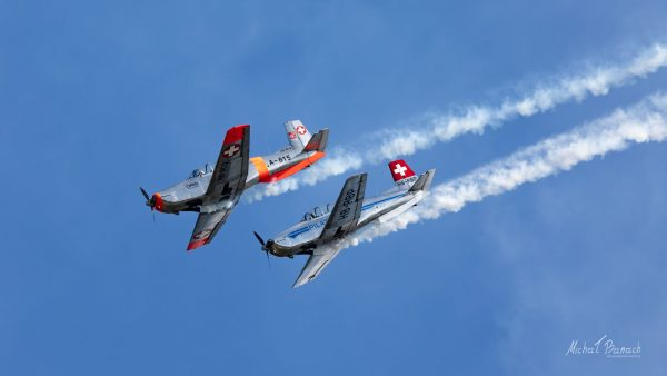 Pilatus P-3 - P3 Flyers Aerobatic Team (fot. Michał Banach)