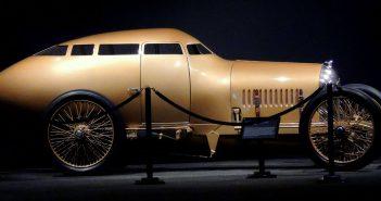 Golden Submarine - niesamowity samochód sportowy z 1917 roku