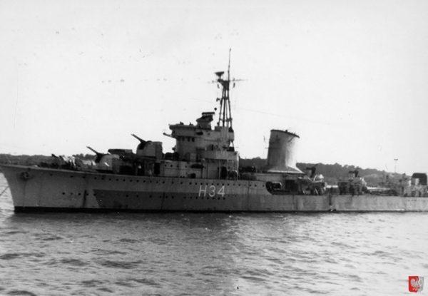 ORP Błyskawica w1945