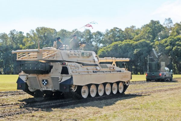 Tanque Argentino Mediano C2